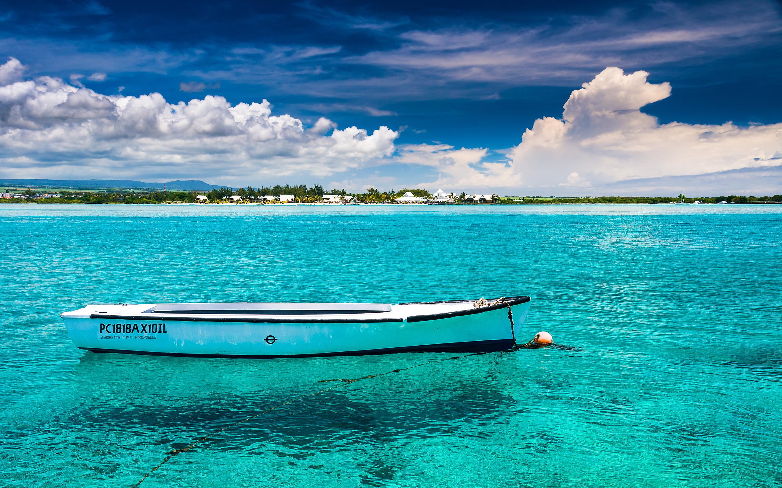 mauritius-blue-bay-beach